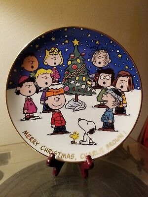 "Peanuts Magical Moments Plate. 8"" ""Merry Christmas Charlie Brown!"" 1988. # E2946"