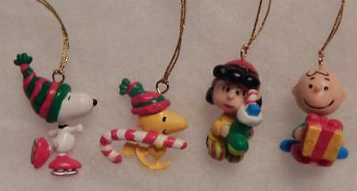 4 Peanuts Mini Ornaments, Charlie Brown, Lucy, Snoopy, Woodstock