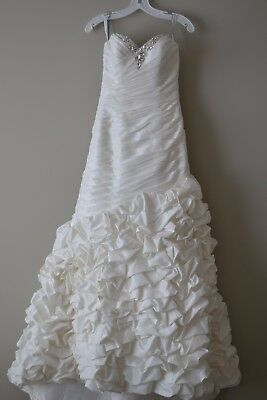 Alfred Angelo size 2 wedding dress