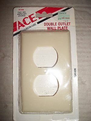 Vintage Ace 2/Double Outlet Wall Plate/Cover - Ivory Plastic - USA Made