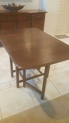 Antique collectable dropside drop side leaf table