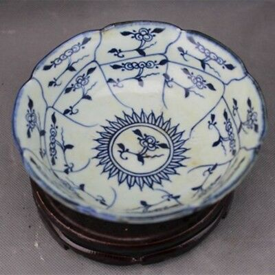Fine Chinese antique porcelain plate handmade Blue and White porcelain bowl