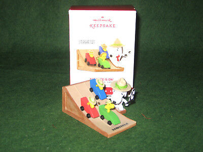 Snoopy The Race Is On 2015 Hallmark Keepsake Ornament, Original Box & Packing