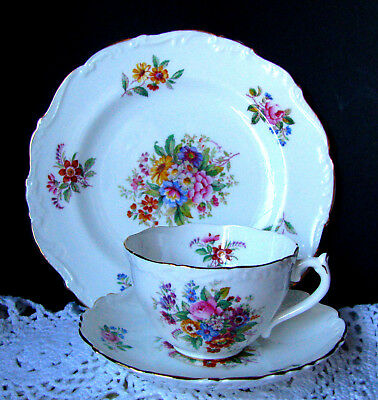 Coalport Fragrance Raised Border Scalloped Luncheon Trio -Tea cup Saucer & Plate