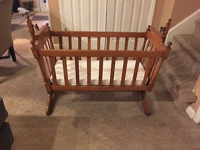 Vintage maple rocking cradle in excellent condition