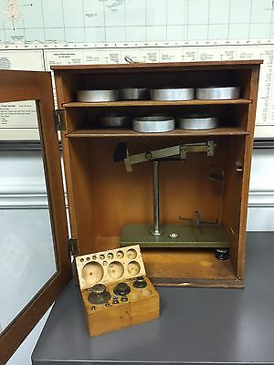 Vintage CW Barbender Instr Inc Scale With Trays And Weight Set