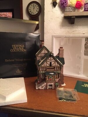 """Dept 56 Dickens Village """"The Pied Bull Inn"""" 2nd Edition With Box And Cord VGC"""