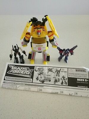 TRANFORMERS Animated Rescue Ratchet Prowl Starscream