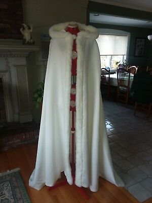 winter wedding bridal hooded cloak cape with faux fur trim
