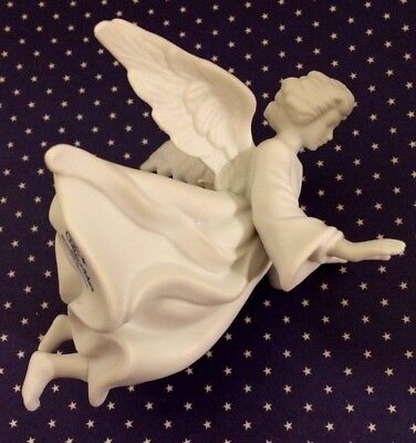Avon Nativity Collectibles THE FLYING ANGEL White Porcelain Figurine 1985