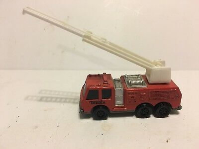 Vintage 1992 Collectible Red Diecast TONKA Fire Truck Toy Plastic Ladder Moves