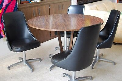 Retro Vintage Mid Century Modern Chromcraft Table and Swivel Chairs
