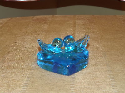 1992 Ron Ray Glass Bluebird Pair On Heart Shaped Glass Signed