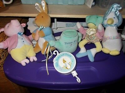 Vintage Peter Rabbit And Friends Baby Crib Mobile Works Complete Lullaby