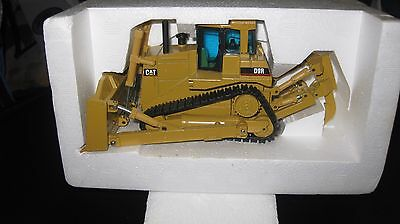 Cat Caterpillar 1:50 Nzg D9R Track Type Tractor Made In Germany Hard To Find