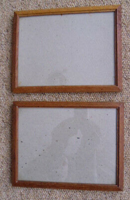 A Pair Of Old Vintage  Oak Portrait/landscape Picture Frames