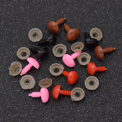 50 pcs Plastic Safety Triangle Nose for Bear Dolls Puddy Animal Toys DIY Craft