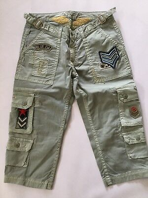Robin's Jean Women's Patched Capri Cargo Multi Pockets Gold Wings Size 28