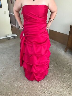 Size 20 Fuchsia Gown with Silver Heart Pendant Accent