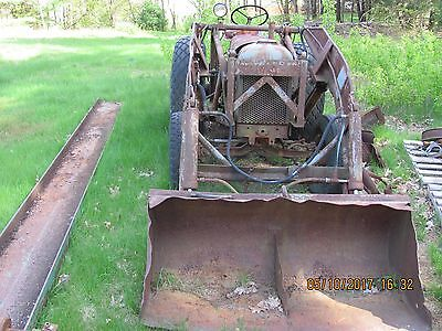 Old 1956 Case Model D Tractor with bucket assembly