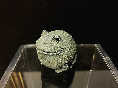 Vintage SCF pottery small cute resin garden toad sculpture figurine green