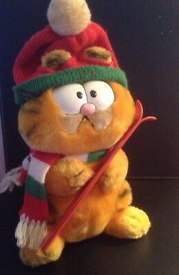 Garfield Plush Red Hat Plush/Collectors Toy Holding Skies