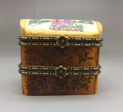 Chinese antique rosewood carving flower pattern - box