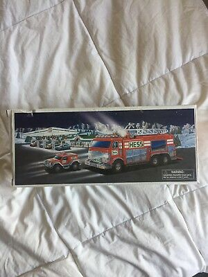 Hess 2005 Emergency Truck Fire Truck with Rescue Vehicle in Box
