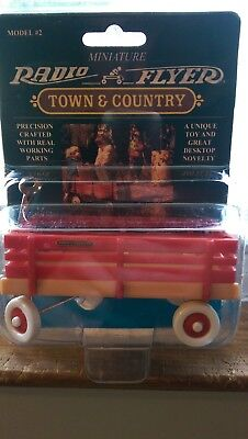 Miniature Radio Flyer Town & Country A Unique Toy And Great Desktop Novelty NRFP