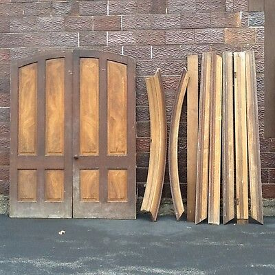 Antique Wood Arched Raised Panel interior Door Set W / Framework - Very Good