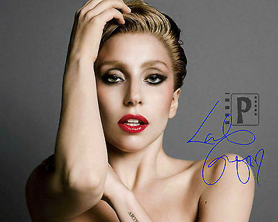 """Lady Gaga 10""""x 8"""" Great Signed Color PHOTO. REPRINT"""