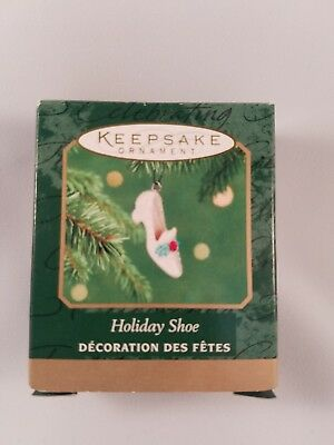 Holiday Shoe 2001 Miniature- Shoe Hallmark Christmas Tree Ornament