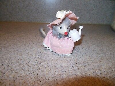 Little Mouse Factory Gardener With Watering Can Fast Free Shipping