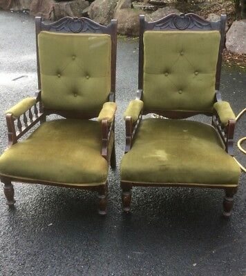 Antique pair of chair 1920s