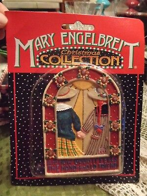 """NIB Mary Engelbreit Christmas Collections """"Hand of an Old Friend"""" Ornament"""