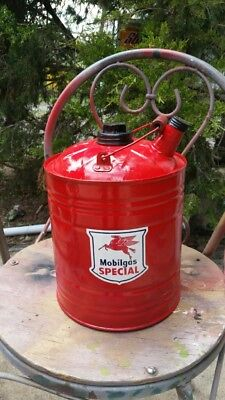 Vintage 2 & 1/2 Gallon MOBIL Gas and Oil Can