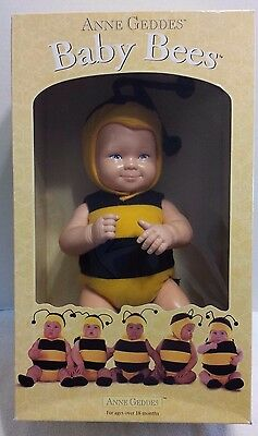 """NEW ANNE GEDDES Baby Bees Doll 1998 15"""" Bumble Bee Black Yellow Blue Eyes"""