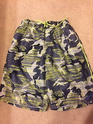 Nike  Boys Camouflage Lined Swim Trunks  Youth Size X Large Exc Condition