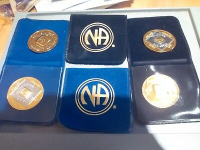 narcotics anonymous  new gold plate and bi-plate medallions