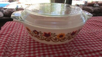Vintage 70s Casserole Dish made in England holds 1  & 1/2 litres
