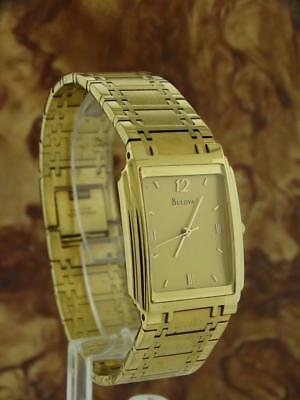 Vintage Bulova 14K Yellow Gold Plated 25 Year Service Watch 967630