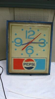 Vintage 1970's  Pepsi Cola Lighted Electric Clock Runs