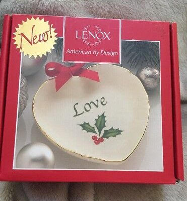 """New Lenox Holiday Sentiment Heart Dish, Love Christmas Holly 4"""" New In Box"""