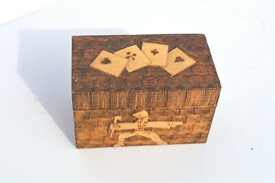 Beautiful Vintage Carved Wooden Playing Card Holder/Storage Box Nice Carved Top