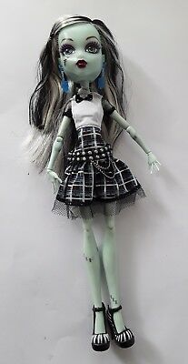 Monster high doll Frankie Ghouls Alive 2012 lights up ex used condition complete
