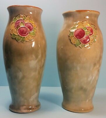 Royal Doulton – Pair of Lambeth Vases (1923-1927) - Stoneware
