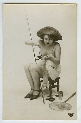 1920's Sexy Nude Ice Freezing FRENCH FISHING FEMME FLAPPER risque photo postcard