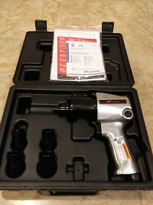 """New 1/2"""" Ingersoll Rand Impact Wrench Kit 131S"""