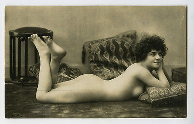 1920s Sexy French NUDE FLAPPER photo postcard