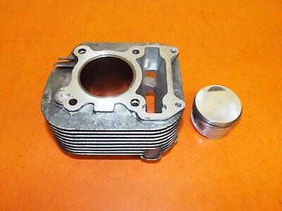 Piaggio Vespa ET4 125 2001 Cylinder Barrel and Piston